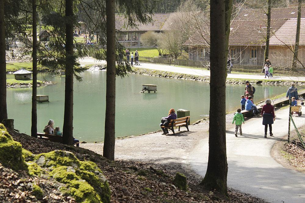Ausflugstipps Franken mit Kindern und Jugendlichen, Familienausflug in Mittelfranken, Unterfranken und Oberfranken, Wildpark Hundshaupten in Egloffstein bei Forchheim in der Fränkischen Schweiz