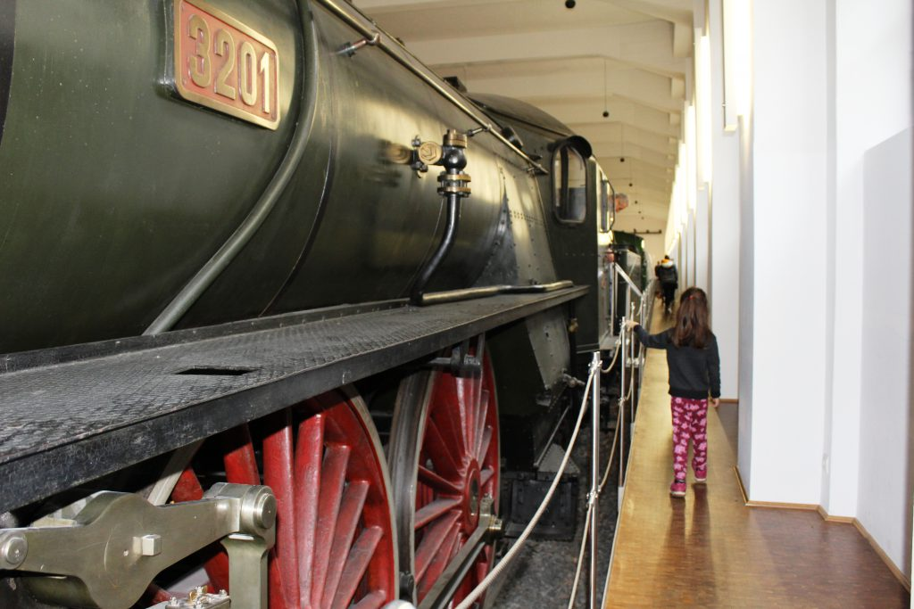 Deutsche-Bahn-Museum und Museum für Kommunikation in Nürnberg, DB Museum Bayern, Ausflugstipps für Familien in Franken, Bahn Ausstellung, Museen in Nürnberg