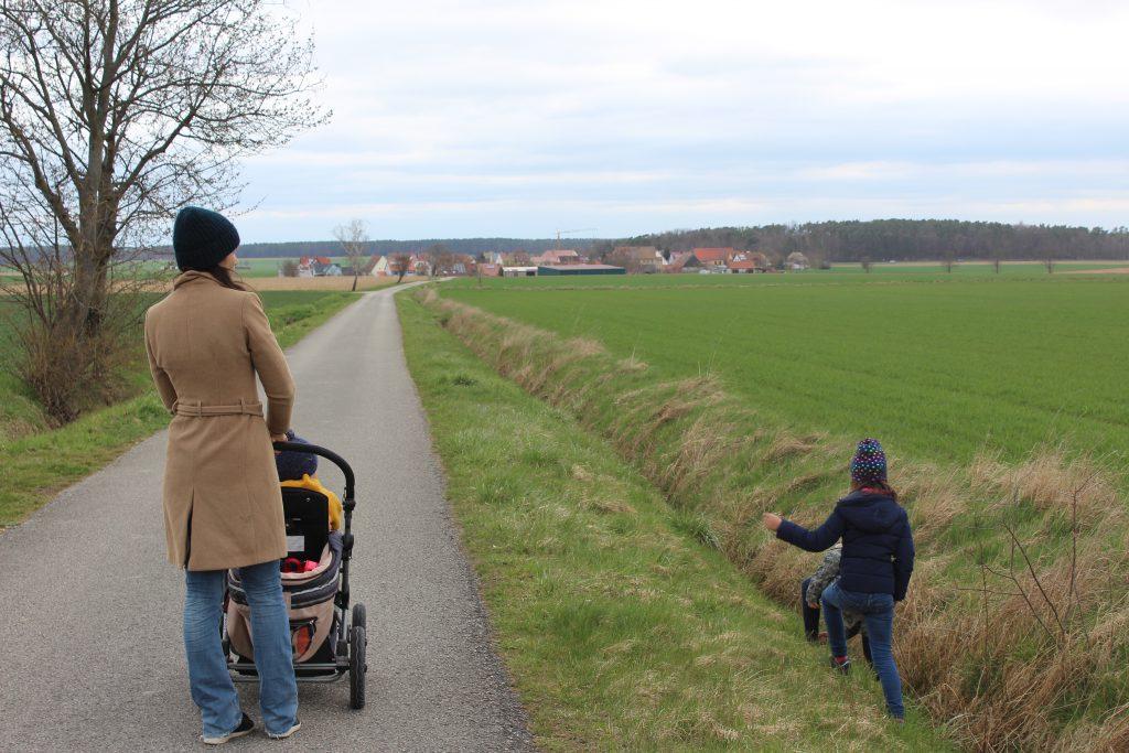 Spielplatz-Tour Weisendorf, Erlebniswandern mit Kindern in Franken, Landkreis ERH